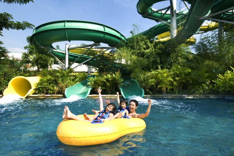 Guests of The Sultan Hotel & Residence Jakarta Get Special Prices Visit Waterbom PIK